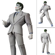 マフェックス No.124 MAFEX JOKER(The Dark Knight Returns)